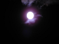 雲間の名月。でも露光が……それに手ぶれが……2
