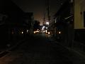 夜の街道筋