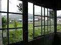 木枠のガラス窓
