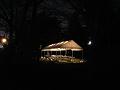 夜のマーキーテント