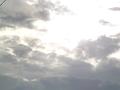 雨上がりの雲を裂いて