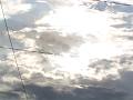 輝く雲と電線と