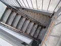 【ピンぼけ】落ちる!(下り階段)