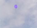 飛んでゆく風船【色変更加工ヴァージョン】 青紫