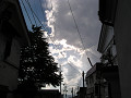 雲の下の街