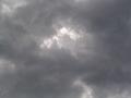 雲の中から。