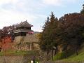 秋の上田城西櫓。
