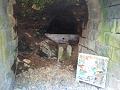 鹿教湯温泉:元大湯の旧源泉。洞窟の中