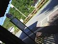 鹿教湯温泉上バス停:待合室から道路を見る