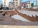 ロータリーの中 階段状の広場