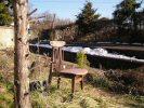 庭先の椅子