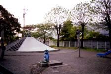 児童公園 ペンギンの水道